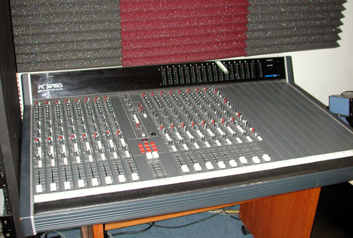Soundtracs PC Midi Console